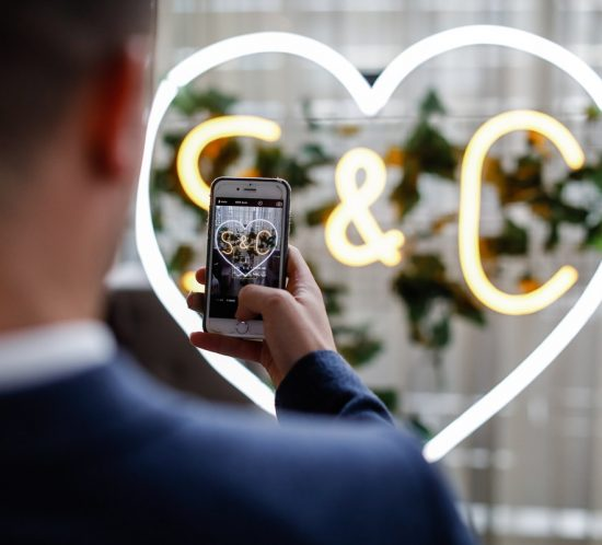 Getting social – modern-day wedding etiquette
